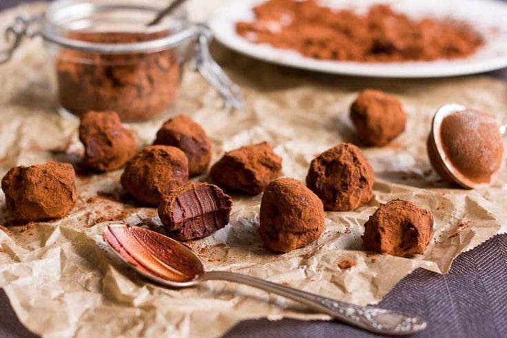 Trufe, bilute de ciocolata cu cacao si branza mascarpone