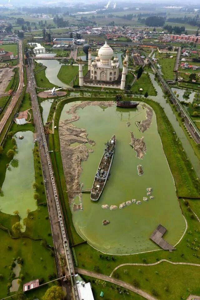 Parque Jaime Duque, Bogotá, Colombia. Mucho más sobre nuestra hermosa Colombia en www.solerplanet.com