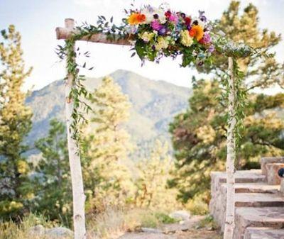 Mariage, baptême, anniversaire, retraite, ... Je rédige les textes de tous vos événements : faire-parts, discours, vœux d'engagement, cérémonies laïques, ...