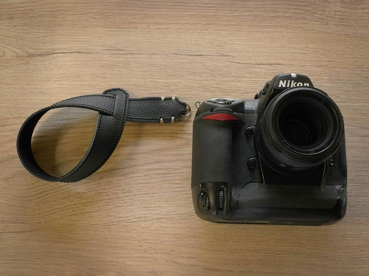 Riviera wrist strap the perfect pair for a  DSLR!  http://www.tieherup.eu