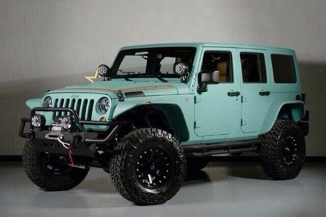 Tiffany Blue jeep, yes please!!