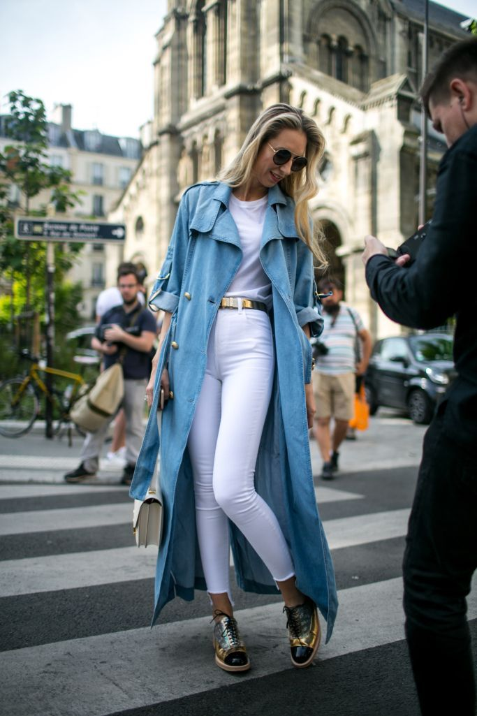 Street style at Paris Haute Couture Week Fall 2017: Summer white with long denim coat