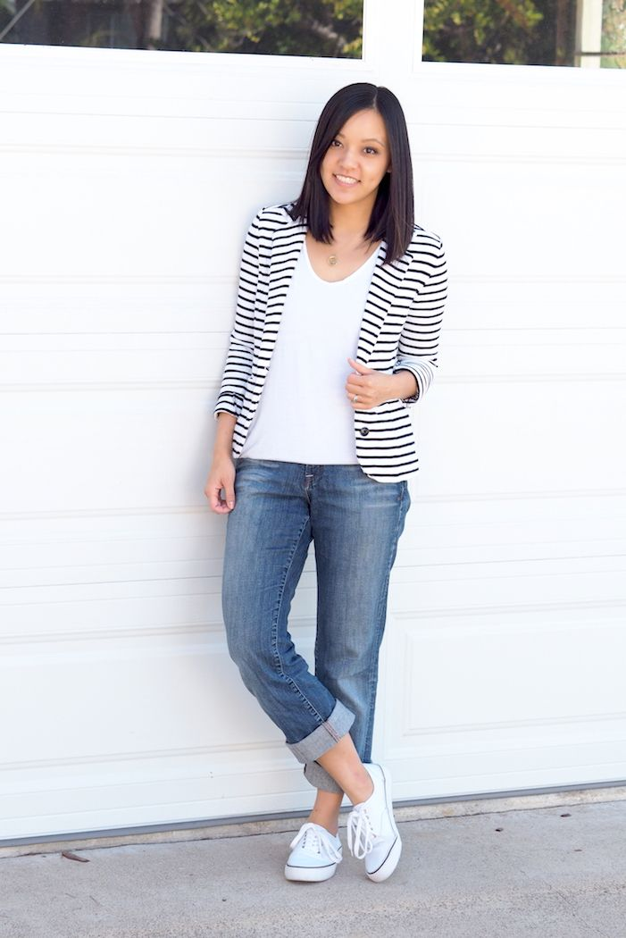 Striped Blazer 4 Ways (Inspired by the HP x360); I'd wear this with a grey tee since I have grey Chucks.