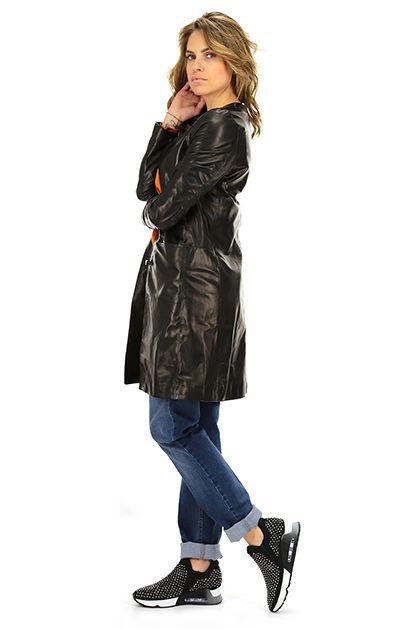 Vintage De Luxe - Giacche - Abbigliamento - Giacca in pelle con collo alla coreana, tasche laterali. Abbottonatura a vista. Foderata.La nostra modella indossa la taglia /EU 40 / ed è alta 168 cm. - NERO - € 475.00