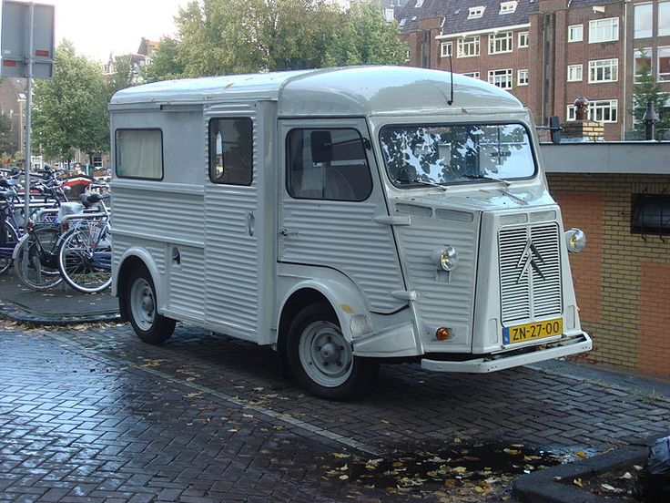 The Citroën H Van was produced by Citroën between 1947 and 1981. In total there are about 475,000 built .