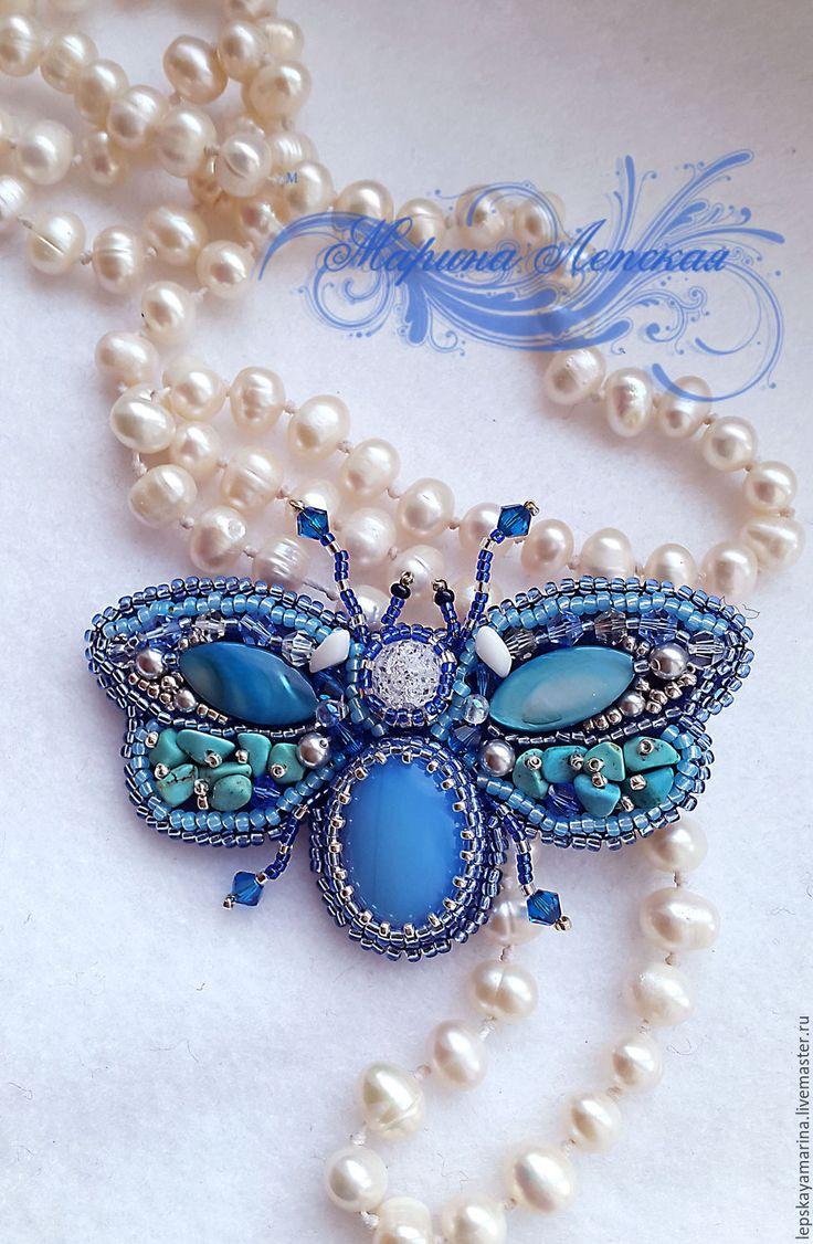 """Купить Брошь """"Голубой жучок - мотылек"""" - голубой, жучок, мотылек, бабочка, украшения ручной работы"""