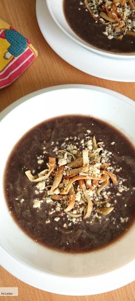 Sopa de frijol negro. Receta