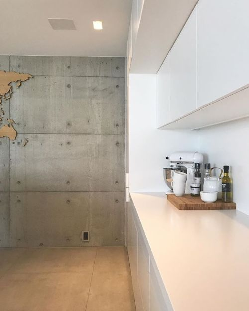 Weekend   Happy friday lovely people Thank you so much for following me it means so much and all the trace you leave behind is priceless  ____________________________________________ #kitchen #kitcheninspo #kitchendesign #inspo #interior123 #inspiration #concrete #whiteinterior #interiorsummer #oliviasummer2017 #delmittbilde #casachicks1 #mrscarlissa #lifelikevino #boligmagasinet #boligplussnvh2017 #mynordicroom #mynordichome #nordichome #nordiskehjem #nordicinspiration #skandinaviskehjem…