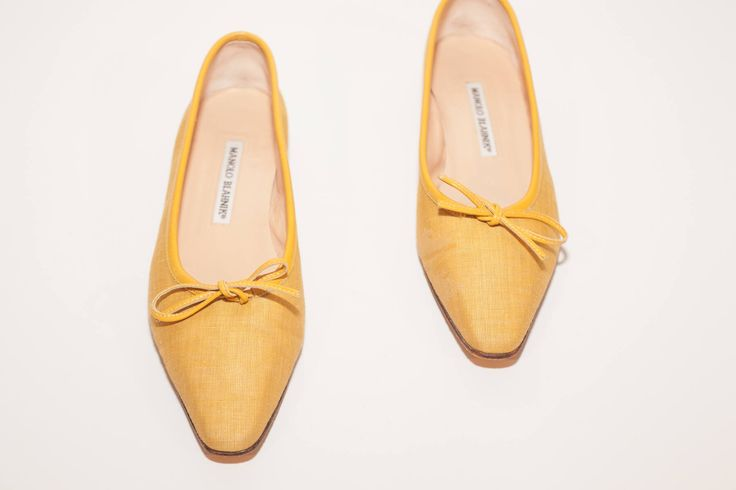 Manolo Blahnik \\ Vintage Shoes \\ Yellow Linen Square Toe Ballet Flats With Bow Detail \\ Modern Vintage \\ Vintage Flats \\ Size 37.5 by ShopTheArchives on Etsy https://www.etsy.com/listing/516034554/manolo-blahnik-vintage-shoes-yellow