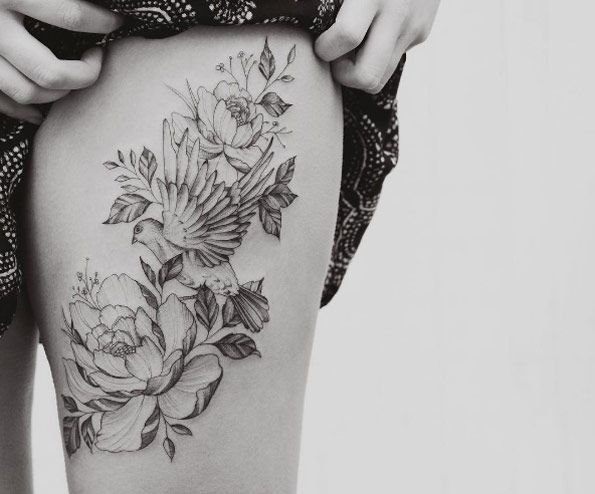 Beautiful thigh piece by Tritoan Ly
