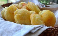 Frittelle di patate e parmigiano ricetta veloce facili veloci e sfiziose, si fanno in poco tempo e le possiamo servire come antipasto aperitivo e finger food