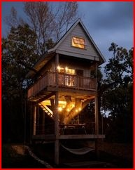 I am crazy about Treehouses!Ideas, Spaces, Favorite Places, Grownup Trees, Tree Houses, Dreams House, Treehouse, Trees House, Backyards