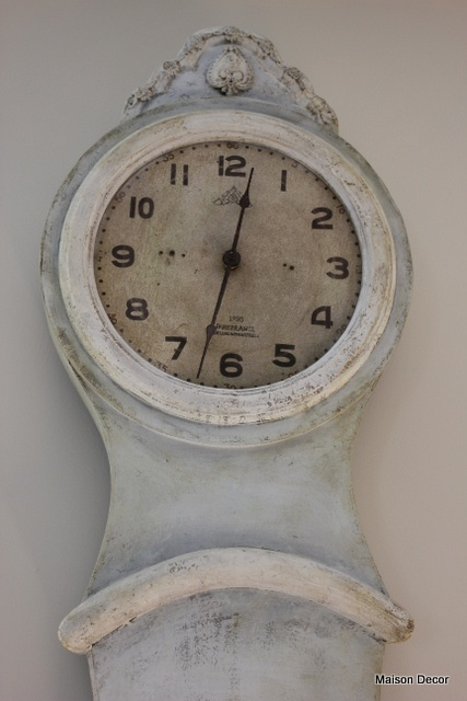 just LOVE these clocks :))