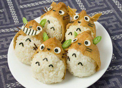 日本人のごはん/お弁当 Japanese meals /Bento トトロおいなりさん  今度のいなり