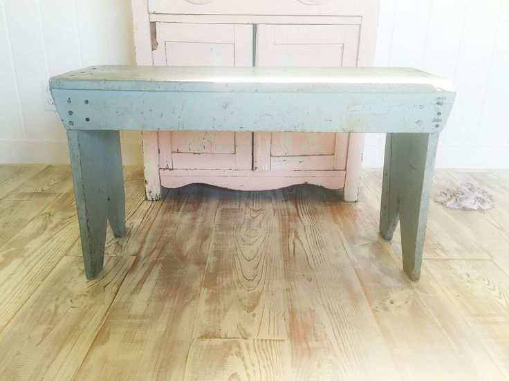 Perfect smoky blue bench