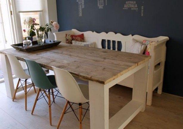 25+ beste idee u00ebn over Planken Tafel op Pinterest   Rustieke tafel