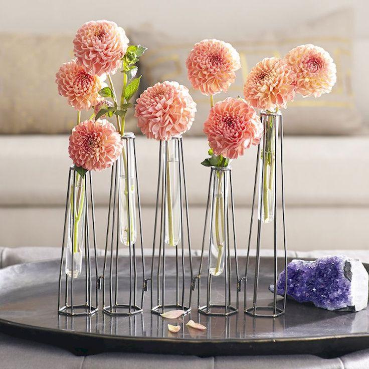 Nice 25 Easy DIY Test Tube Vase Crafts Ideas https://roomadness.com/2017/12/27/25-easy-diy-test-tube-vase-crafts-ideas/