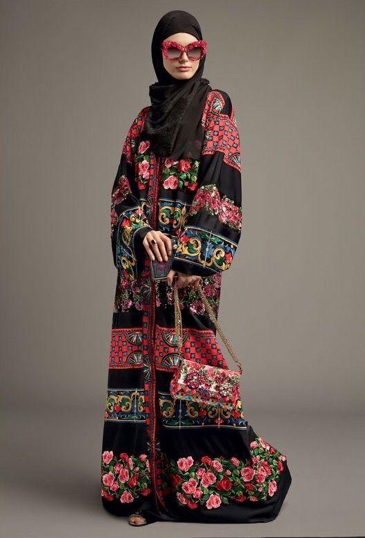 Картинки по запросу коллекция весна -лето 2017 Dolce&Gabbana