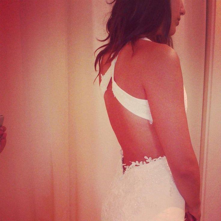 Eleni Kollarou wedding dress / A gorgeous back!