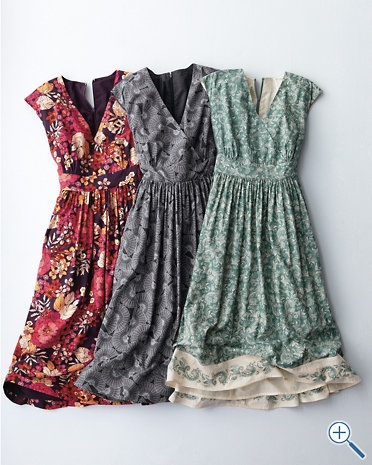 Cute summer dresses. Should try to find a pattern/material before spring!