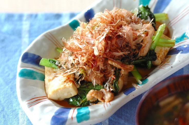 小松菜と豆腐の炒めもの  チャンプルーにも似た、懐かしい味付けの一品です。