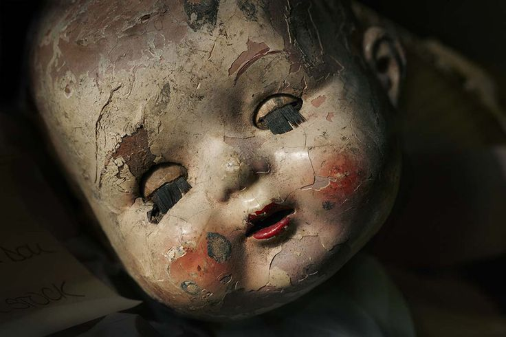 cracks on the doll will be handy to create realism in my piece. copy this out through various of medias
