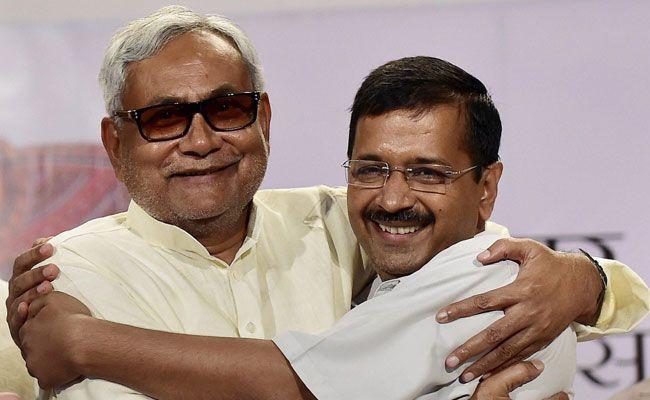 Delhi CM Arvind Kejriwal with Bihar CM Nitish Kumar