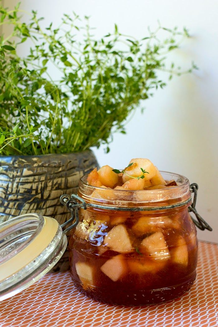 Tinjamilla maustettu luumu -omenahillo  http://kuitetekee.blogspot.fi/2014/09/tinjamilla-maustettu-luumu-omenahillo.html