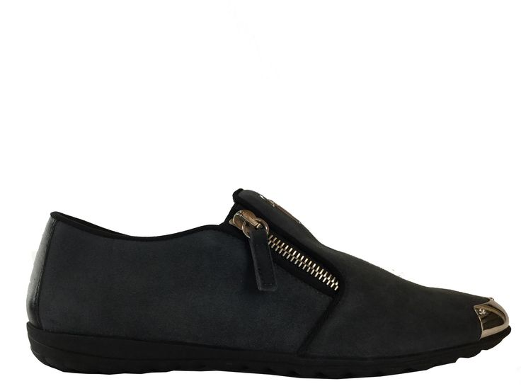 Slippers Giuseppe Zanotti - Za Slipper Zip F en nubuck gris   Collection A H  16 - Giuseppe Zanotti Femme   Pinterest 7501e07787a