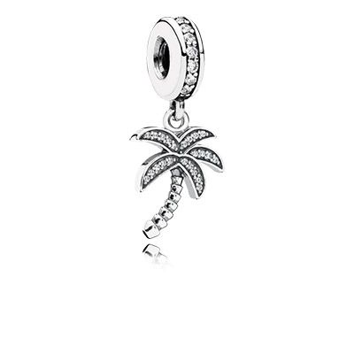 PANDORA's sparkling palm tree dangle charm looks trendy, whether worn on a bracelet or as a necklace pendant. It is a must-have for fashionistas. #PANDORAcharm