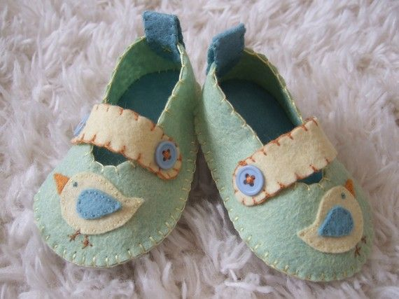 Somebody stop me!  I am in love with these felt shoes.