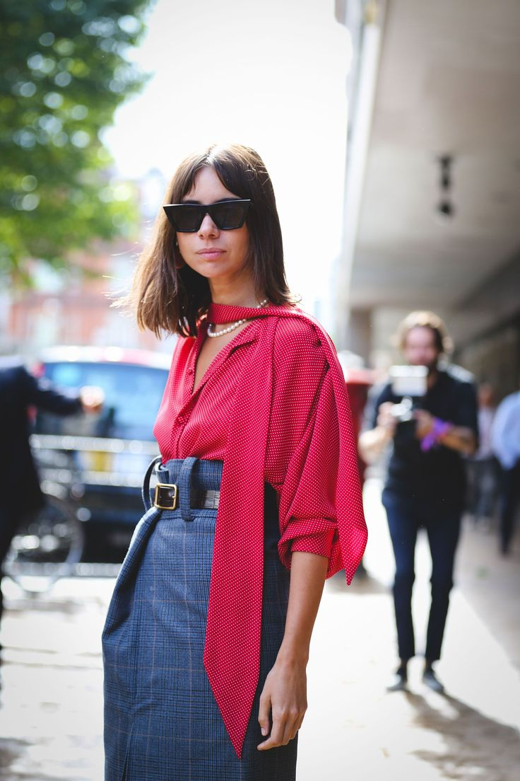 The+Best+Street+Style+At+London+Fashion+Week+SS18+#refinery29+http://www.refinery29.uk/2017/09/170850/street-style-london-fashion-week-ss18#slide-23