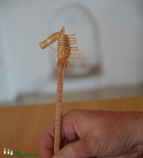 Lovas ceruza   (Veronikaesdora) - Meska.hu