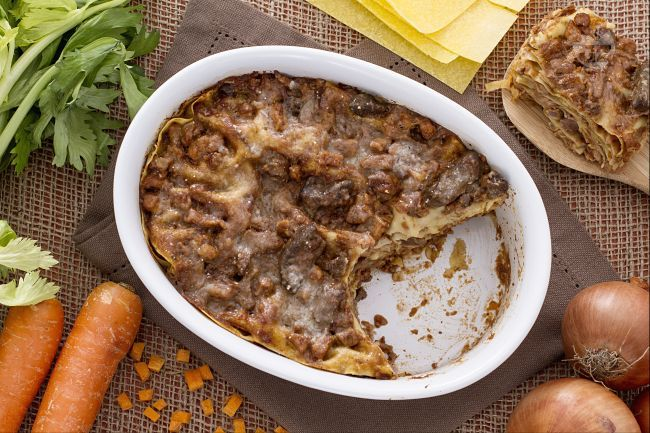 They look like lasagne....but they aren't! Vincisgrassi are a kind of pasta really tasty and savory. You have to try these ones..only in the best italian restaurants ;) #recipe #food #tasty #italian #marche