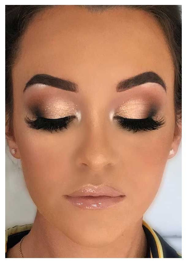 51 Stunning Bridal Makeup Looks For Any Wedding Theme Page 13 The Wedding Day Is The Big Day F In 2020 Wedding Eye Makeup Natural Wedding Makeup Wedding Makeup Bride