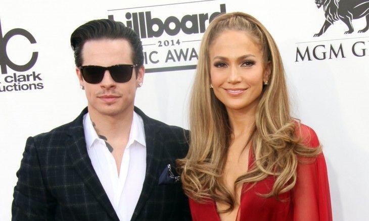Celebrity News: Jennifer Lopez Opens Up About Dating Younger Men #jenniferlopez #celebritynews #datingadvice #celebritylove