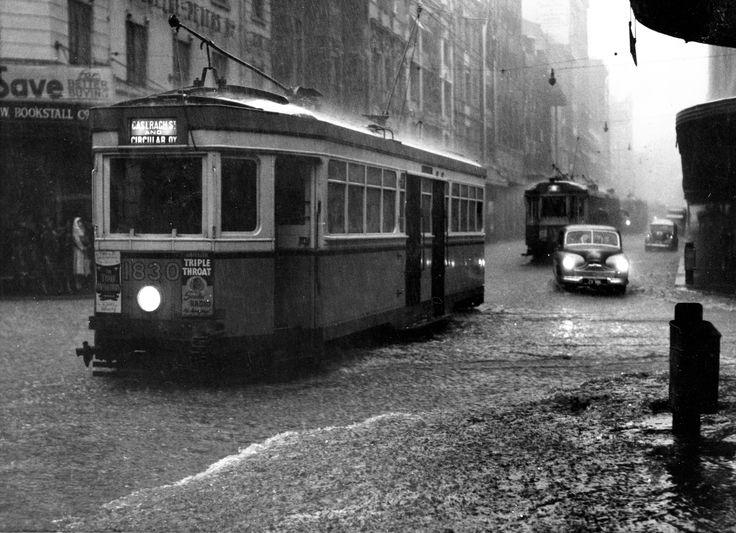 rain in castelreagh street c1944.jpg (5183×3759)