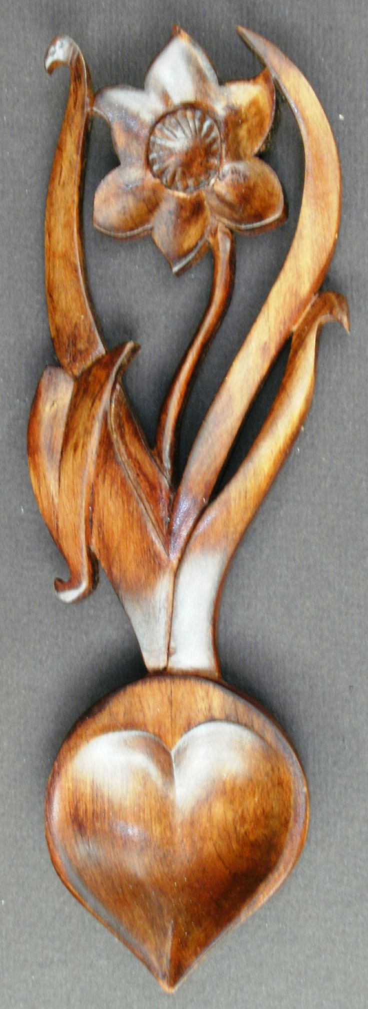 Daffodil, National Emblem of Wales #Welsh #Lovespoons