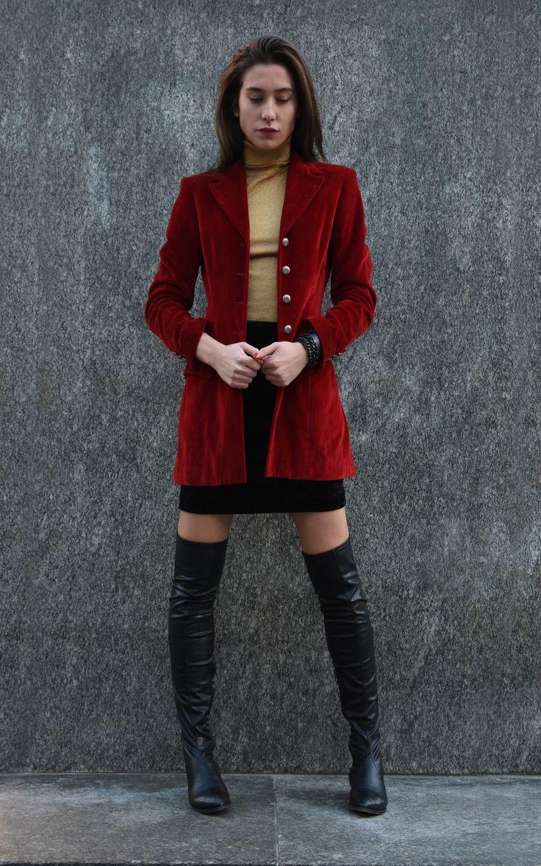 Melot, over the knee boots, velvet red blazer, city, skirt, Lamperti Milano