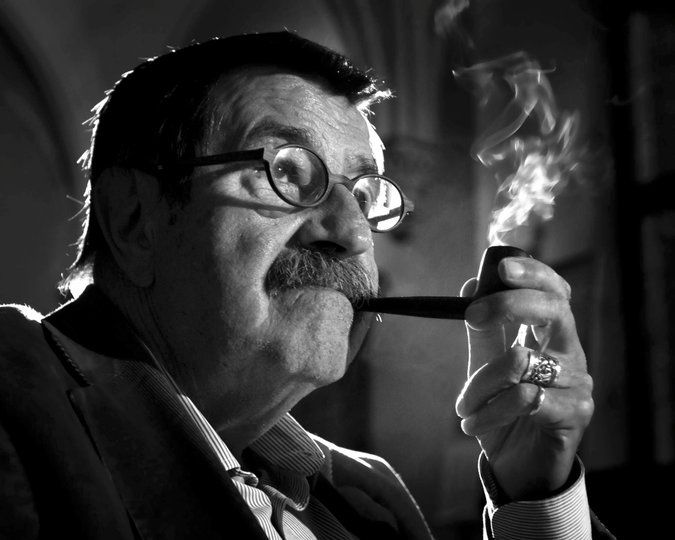 Günter Grass, Writer Who Pried Open Germany's Past but Hid His Own, Dies at 87 - NYTimes.com