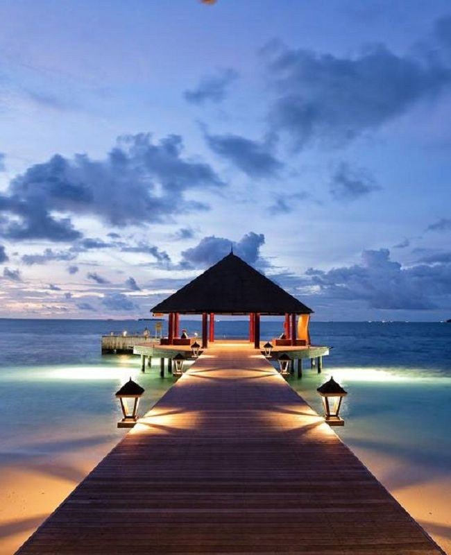 Best Angsana Velavaru Maldives Images On Pinterest Centre - Angsana velavaru resort surrounding by blue waters with tropical and contemporary styles maldives