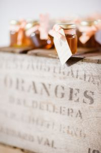 Wedding // Our Big Day // Guest Gift: Honey Jars
