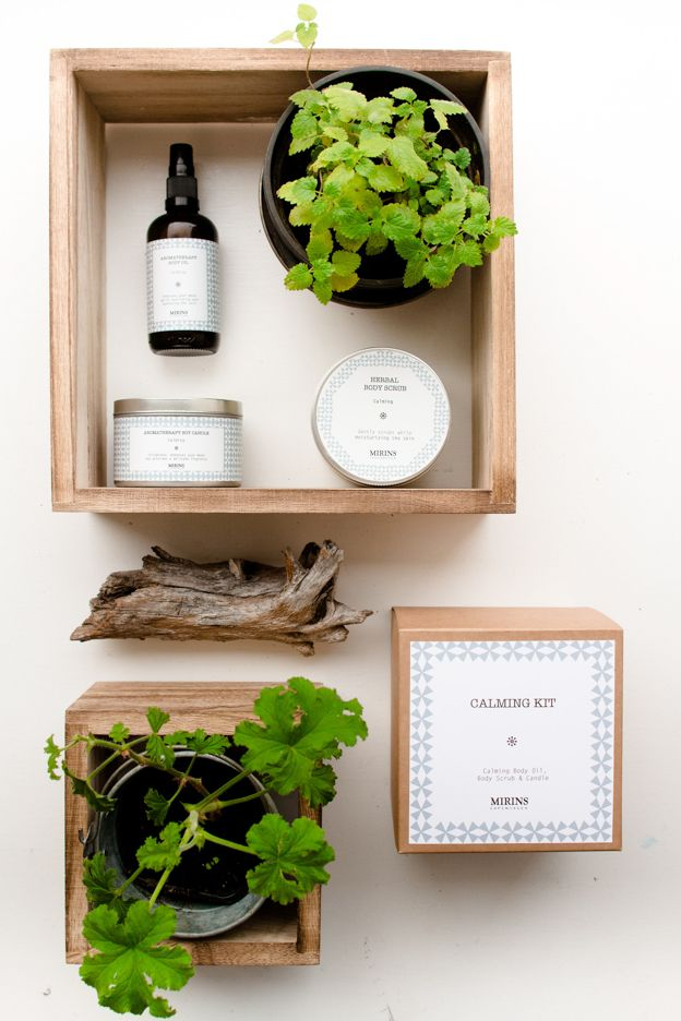 Mirins Copenhagen Natural Skincare | Calming Kit - Our Calming aromatherapy line consists of a relaxing blend of Lavender and Bergamot essential oils.   The Calming Kit contains three items from the Calming Aromatherapy line.   Includes Calming Body Oil, Body Scrub & Candle.