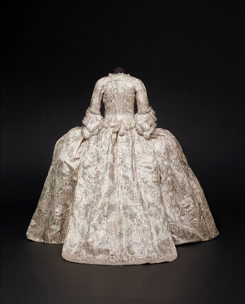 The Fitzwilliam Mantua   1760-1765