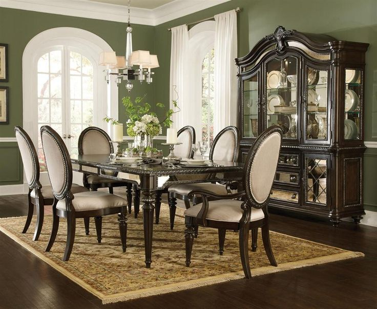 Pulaski Reflexions Dining Room Table Set With 2 Arm Chairs And 6 Side