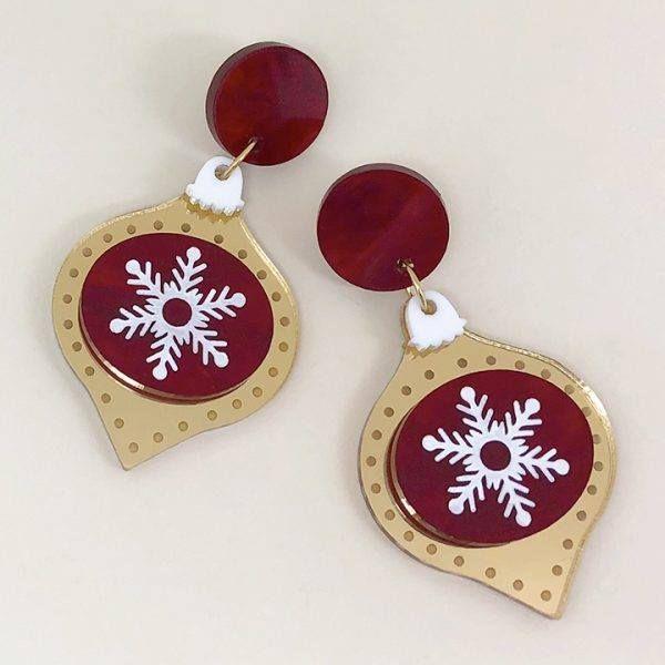Peppy Chapette Golden Snowy Christmas Earrings