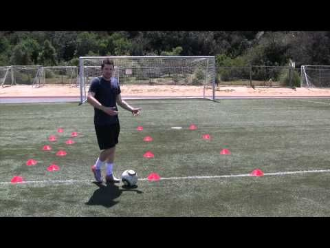 How to Develop Good Soccer Dribbling Skills: 13 Steps
