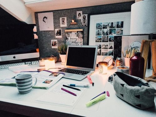 "studhies: "" https://instagram.com/p/BHb2dmDAFw3/ My messy but pretty desk today. """