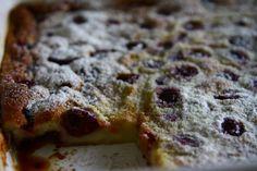 Vişneli Clafoutis (klafuti) (Cherry clafoutis)  nasıl yapılır? - Bir başka Mutfak Sırları Yemek Blogları sitesi