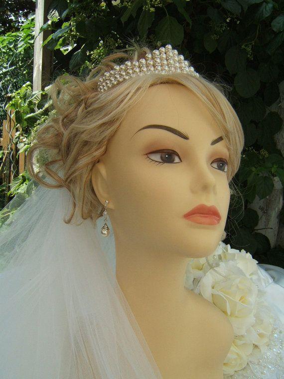 Elegant Pearl and Rhinestone Tiara от CreativeCalling1 на Etsy